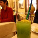 9 EUR apple juice.