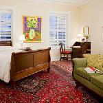 Room 111 - Red Kashan