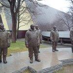 Amundsen et al statues outside the Museum
