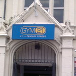 Great gym 5 min walk away.