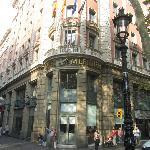 Front of Le Meridien Barcelona