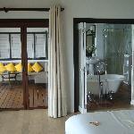Bedroom / Bath / Outdoor lounge