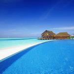 Aqua Beach & Pool