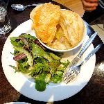 Chicken pie with puff pastry