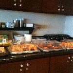Breakfast Muffins, Croissant, Bagels etc