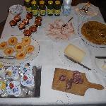 Outstanding breakfast table