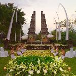 Garden Bliss Wedding at Amphitheatre