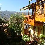 balcon et patio fleuri