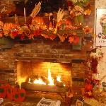Beautiful Halloween Fireplace Decorations