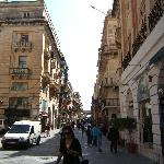 shopping in valletta.