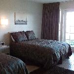 Comfortable beds, light and spacious rooms