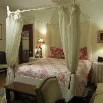 Bellamy Room #3