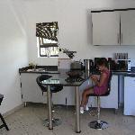 Küche, die auch als Spielzimmer benutzt wird.....