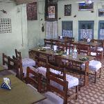 Om Krishna Restaurant, 1. Stock