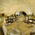 Tunnel dining room