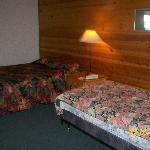 """""""deluxe bedroom"""""""