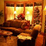Common sitting room. We played Scrabble here with the fireplace going & soft music playing.
