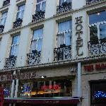 Hotel the Moon rooms are located above Le Rubens restaurant.  Door entrance to hotel is at the l
