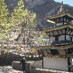 im Tempelbezirk von Muktinath