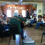 blue grass jam session that Lisal & Matt told us about....