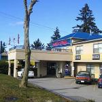 Photo of Happy Day Inn Hotel
