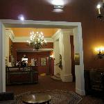 Vienna Hotel Regina Lobby