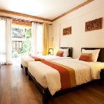 Photo de Baan Talay Dao Resort