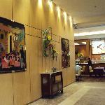17-Salta-Hotel Alejandro I Internacional: Acceso a la cafetería