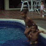 En la piscina 2