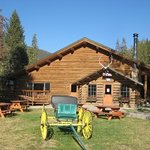 320 Guest Ranch Restaurant