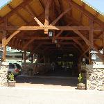 Adirondack style structure, nice!
