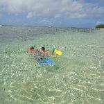 Note the great reef and clear waters!