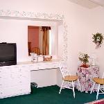 CAFallbrook Country Inn Fallbrook Room Amenities J