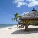 Vue depuis une plage se trouvant à gauche de l'hôtel le Meridien