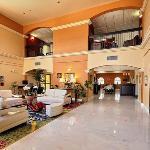 TXComfort Suites Lobby Exposio
