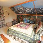 Rocky Mtn. Room