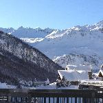 Vue de la terrasse depuis le téléphérique du Fornet