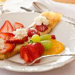 Swedish Pancakes with Fresh Berries