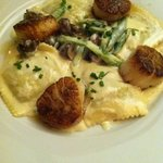 scallops and ravioli in creamy rich sauce
