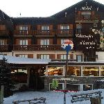 front of hotel, with ski school right outside