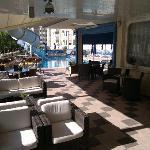 la terrazza e piscina