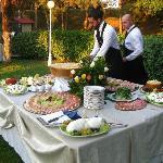 buffet del matrimonio,ultimi ritocchi prima dell'inizio