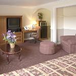 Suite Living Room2