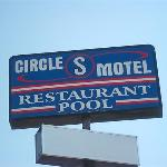 Circle S Best Value Inn