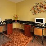 TXComfort Inn FINBusiness Center