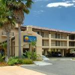 Photo of Comfort Inn & Suites Lamplighter