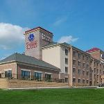 Photo of Comfort Suites Milwaukee - Park Place