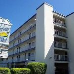 Serene Hotel & Suites