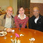 tavolo con un italiano, una francese ed un americano