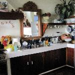 rooom 7 kitchen